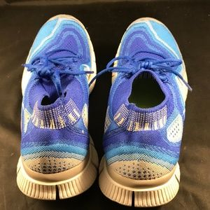 NIKE Shoes - Mint Condition NIKE FLYKNIT FREE 5.0 Mens sz 9 US